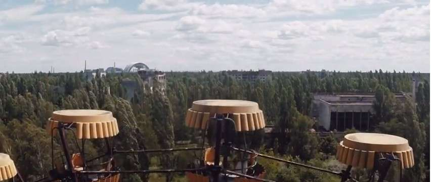Survol de Tchernobyl par un drone 28 ans après
